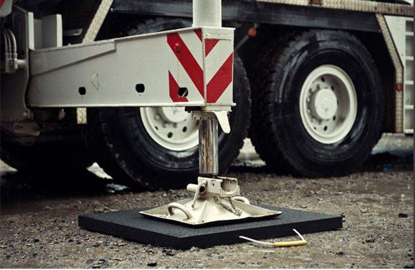 stabilizační podložky pod patky minijeřábu/autojeřábu
